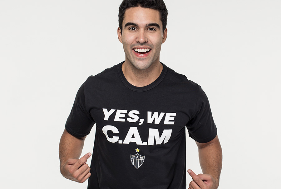 Jogadores do Galo com camisa Yes, we cam
