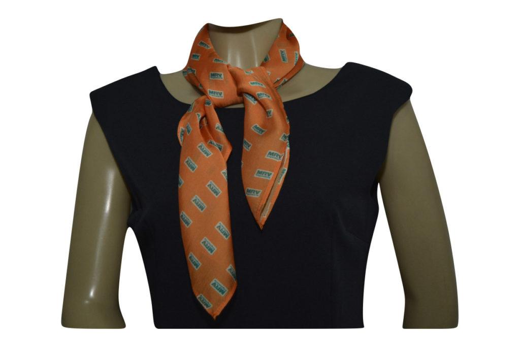 lenco de seda para empresa - bom acessório