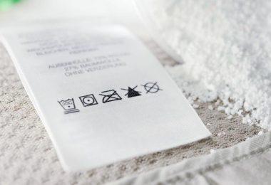 etiquetas nas roupas, instrucoes de como lavar