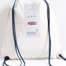 mochila simples de brinde