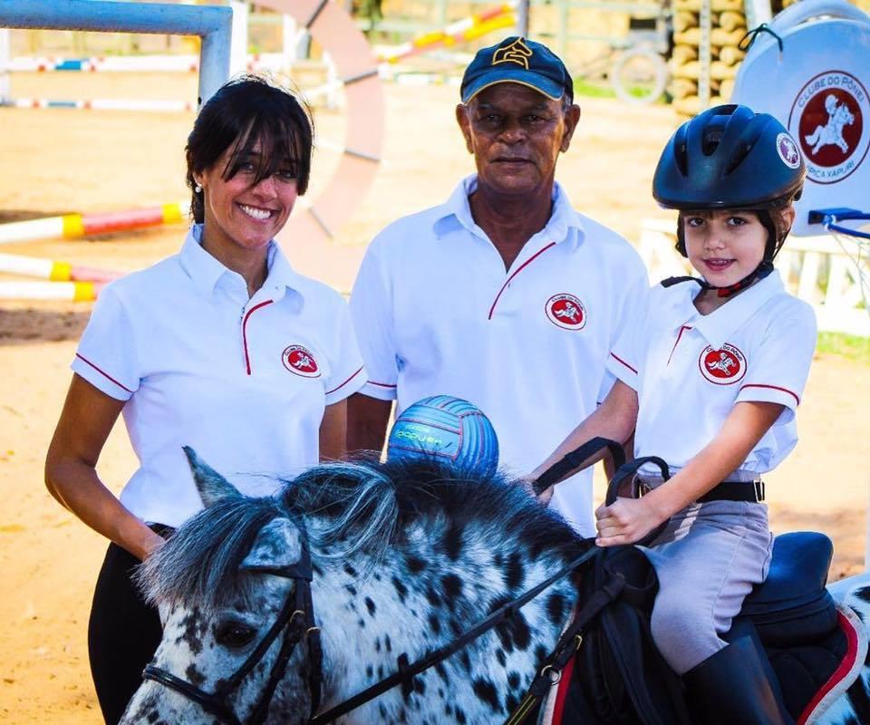 uniforme clube do ponei para crianca