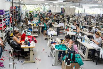 mercado de uniformes - fábrica