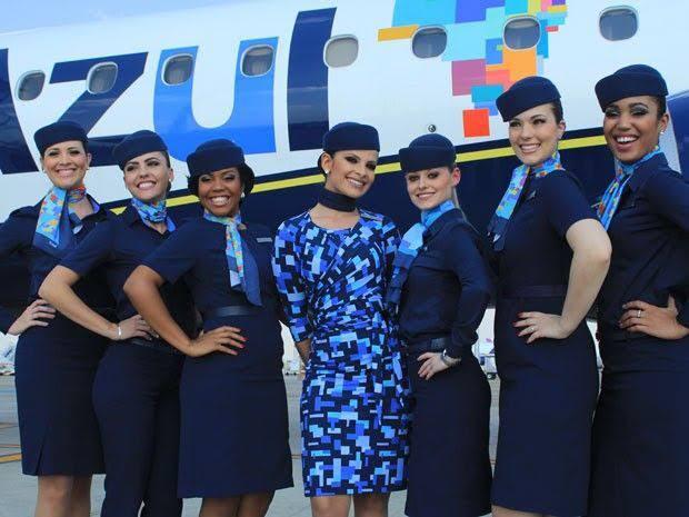 Uniforme Estampado da Azul Linhas Aéreas