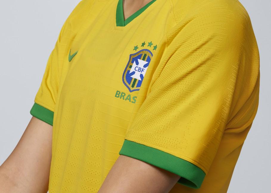 Camisa verde e amarela da Seleção Feminina de Futebol