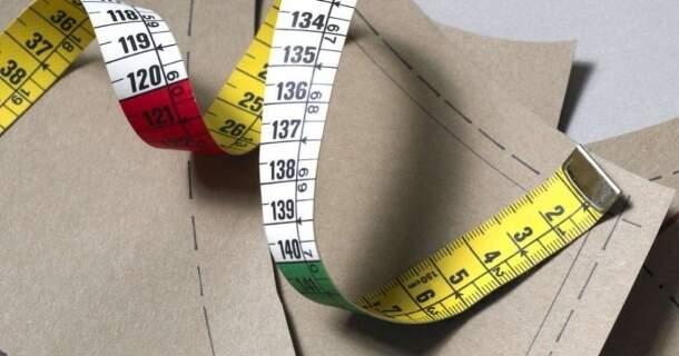 Entenda como as marcas definem tamanhos e escolha melhor suas roupas
