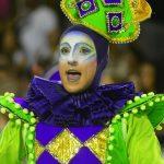 Aprenda a guardar fantasias de Carnaval e acessórios da maneira correta